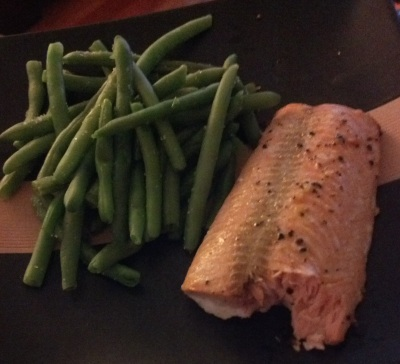 One of my go-to meals for when I don't feel like cooking. Wild caught salmon and steamed green beans.